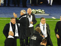 Craig Shakespeare, Claudio Ranieri and Nigel Pearson come onto the pitch (lcfcian1) Tags: leicester city burnley king power stadium lcfc bfc epl bpl premier league leicestercity burnleyfc leicestervburnley kingpowerstadium sport england stadia premierleague nigelpearson craigshakespeare claudioranieri stevewalsh