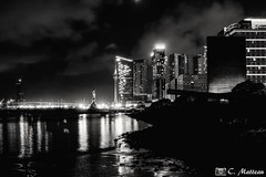 180720 Macao (2018 trip) (clamato39) Tags: macao china chine voyage trip longexposure night nightshot nuit lumières lights miroir refelction eau water city ville urban urbain blackandwhite bw noiretblanc monochrome