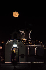 Christmas decorationin at a full moon night in the harbor of Nea Artaki /Chalkida on Evia on Devember 23,, 2018 (X-Andra) Tags: chalkida christianity christmas greece greek boat chappel christian decorated decoration dinky euboea evia full harbor island moon night religion winter centralgreece gr