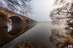 Pont Régemorte Moulins (JG Photographies) Tags: france europe auvergne allier moulins pont régemortes brouillard paysage rivière jgphotographies canon7dmarkii