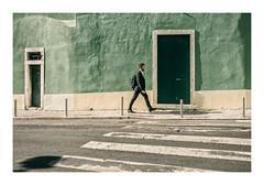 Estrela, Lisboa (Sr. Cordeiro) Tags: estrela lisboa lisbon portugal rua street parede wall green verde passadeira walkline portas doors panasonic lumix gx80 gx85 14140mm