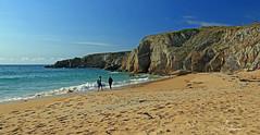 Côte sauvage . (PACHA23) Tags: bretagne eau ciel plage roche océanatlantique presquîledequiberon côtesauvage paysage