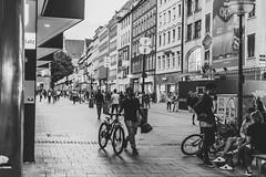 Street Life (Jontsu) Tags: munchen munich germany deutschland street streetphotography bw black white nikon d7200 35mm europe people