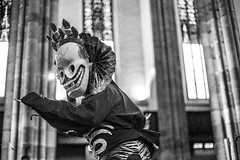 IMG_1673 (foretfantome) Tags: tibetan dance costume strasbourg tibet danse noir et blanc foret fantome guillermo gomez 5d mk 3 eglise church ethno bouddhisme
