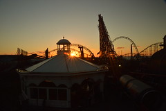 Pleasure Beach Blackpool (CoasterMadMatt) Tags: pleasurebeachblackpool2018 blackpoolpleasurebeach2018 pleasurebeachblackpool blackpoolpleasurebeach pleasurebeach blackpool pleasure beach vampirebeach2018 vampirebeach vampire pepsimaxbigone thebigone bigone big one icon newridefor2018 newrollercoasterfor2018 newfor2018 sunset sunsets silhouette silhouettes silhouetted orangesky fadinglight fading light ride rides rollercoaster rollercoasters roller coaster coasters englishrollercoasters rollercoastersinengland amusementpark themepark amusement park theme parks englishamusementparks amusementparksinengland fairground funfair fyldecoast fylde coast lancashire lancs northwestengland england britain great greatbritain gb unitedkingdom united kingdom uk europe october2018 autumn2018 october autumn 2018 coastermadmattphotography coastermadmatt photos photographs photography nikond3200