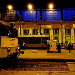 Budapest - Nyugati Station (pom'.) Tags: panasonicdmctz101 november 2018 hungary europeanunion budapest train station nyugati nyugatistation 100 people 200