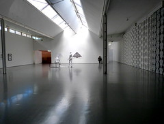 Art Gallery Space (gcobb84) Tags: building gallery shine light