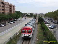 Tren de Cercanías de Renfe (línea C-3) entrando en la Estación de ALDAIA (Valencia) (fernanchel) Tags: adif ciudades renfe aldaia поезд bahnhöfe railway station estacion ferrocarril tren treno train rodalies cercanias c3 spain chirivella aldaya