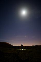 By the light of the moon... (lightoflanzarote) Tags: luna moon lanzarote landscape sonya7rii sonya7rmarkii sonyalpha sonya7rmark2 sonyartisan ishootsony mitierra illuminate viltrox viltroxnfe1 viltroxadapter volcanic islas islascanarias canaryislands canarias estrellas españa sonyeuropa sonyemount