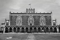 R3-055-26 (David Swift Photography) Tags: davidswiftphotography newjersey asburyparknj paramounttheaterasburyparknj theaters greetingsfromasburypark warrenandwetmore nrhp nationalregisterofhistoricplaces theater architecture historicbuildings historicpreservation historictheaters 35mm film ilfordxp2 nikonfm2