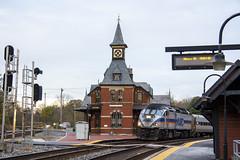 Point of Rocks Station 8 Nov 2018 _2 (smata2) Tags: marc train railroad railway passengertrain trainsinaction pointofrocks