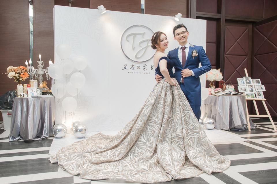 台南東東宴會式場 婚宴 走在幸福的紅毯上 R & B 165