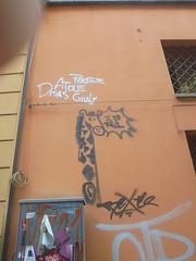 i <3 rs1 (en-ri) Tags: bexte nero bianco tag giraffa bologna wall muro graffiti writing phose atoue disas giuly