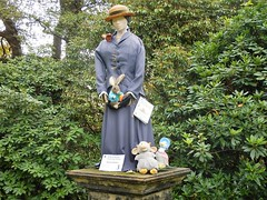 Scarecrow Festival 3a (Dugswell2) Tags: scarecrowfestival2018 oldruffordhall thenationaltrust rufford