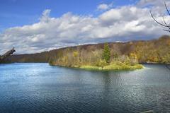 Plitvička jezera - Plitvice lakes - CROATIA (Rostam Novák) Tags: lakes nature landscape plitvička jezera plitvice croatia autumn sun sky coulds watter