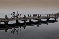 The End (Kai Beinert) Tags: nature natur landscape land pier steg landschaft water meer sea seaside northsea nordsee winter reflection reflections rad bike bicycle spiegelung architecture beautiful peaceful netherlands holland travel traveler reisen urlaub vakation chill chillout relax