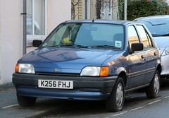 K256 FHJ (Nivek.Old.Gold) Tags: 1992 ford fiesta 11 lx 5door