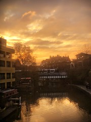 Canal sunset (marc.barrot) Tags: urbanlandscape sunset canal uk nw1 london camden regent'scanal shotoniphone