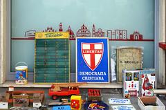 """"""" il tempo che fu """" (pigianca) Tags: terranuovabracciolini marketonstreet sonyilce7m3 sony55mmf18za"""