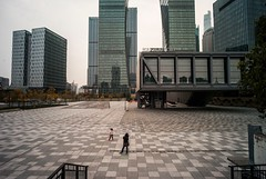 Harbour City, Shanghai (luiebalazs) Tags: voigtlander superwide heliar heliar15mm m8 leicam8 leica architecture pudong harbourcity cityscape city 上海 china shanghai