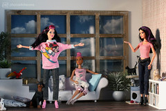 love the new winter sweater (photos4dreams) Tags: raquelle dress barbie mattel doll toy photos4dreams p4d photos4dreamz barbies girl play fashion fashionistas outfit kleider mode puppenstube tabletopphotography fleamarket finding flohmarktfund diorama scenes 16 canoneos5dmark3