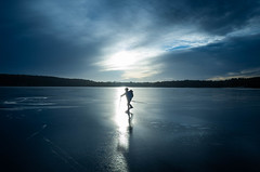 (Svein Skjåk Nordrum) Tags: ice skating iceskating nordicskating lake vansjø blue winter cold