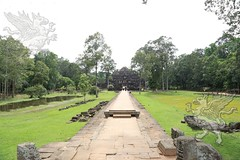 Angkor_Baphuon_2014_03