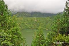 The Azores, Portugal. The Green Lake (Juan C. García Lorenzo) Tags: azores sãomiguelisland açores portugal europe europa ue eu travel viajes lake lago thegreenlake lagunaverde lagoaverde lagoadassetecidades nature naturaleza green verde