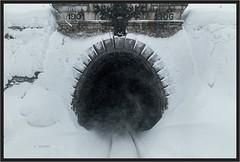"Frosty Mountain Hole ("" Wiener Schule "") Tags: bosruck bosrucktunnel spitalampyhrn pyhrnbahn tunnel austria eisenbahn railway railroad eisenbahntunnel öbb oebb obb"