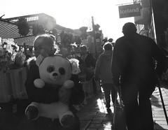 Toy (Bury Gardener) Tags: monochrome mono burystedmunds bw blackandwhite britain 2018 nikond7200 nikon england eastanglia uk suffolk streetphotography street streetcandids snaps strangers candid candids people peoplewatching folks cornhill