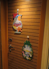 CARNIVAL VISTA (Flagman00) Tags: carnivalcruise carnivalvista vacation cruise ship halloween door decorations
