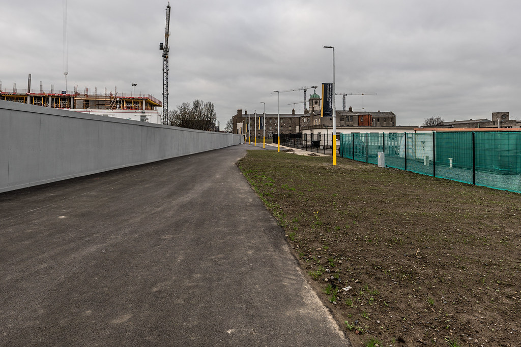 LIMITED ACCESS TO THE GRANGEGORMAN CAMPUS EAST-WEST CYCLE PATH [GRANGEGORMAN STATION AND LUAS TRAM STOP]-147401