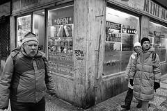 corner (99streetstylez) Tags: people streetphotography 99streetstylez candid city street photo streetphoto metropole monochrome fujix100f