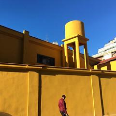 L´hospitalet (efe Marimon) Tags: appleiphone6s felixmarimon barcelona l´hospitalet amarillo deposito