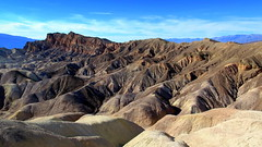 Zabriskie Point, Death Valley (PeterCH51) Tags: zabriskiepoint california usa america beautifulview scenery landscape erosion erosionallandscape desert deathvalley nationalpark dvnp deathvalleynationalpark naturalwonder iconiclandscape desertscenery desertlandscape peterch51 iconicview