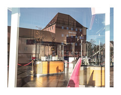 14-12-2018-03 (Melissen-Ghost) Tags: olympus penf zukio 12mm mzuiko digital 17mm 118 architecture architektur deutschland urban mirror reflection color photography farbfotografie