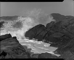 sf beach on 4x5 film (Garrett Meyers) Tags: graflexseriesd4x5 garrett meyers garrettmeyers graflex graflex4x5 4x5film largeformat landscape lf homedeveloped handheld sanfrancisco fence blackandwhitefilm goldengatebridge street west coast bay waves ocean sf beach bridge