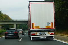 Schmitz Cargobull S.CS Tautliner - Particular Lissbon, Portugal (Celik Pictures) Tags: duitsland almanya germany deutschland allemagne seenindeutschland nürnberg würzburg frankfurt köln a3 e56 autobahn autobaan snelweg motorvag highway freeway a3e56autobahnpassaunürnbergwürzburgfrankfurtkölndeutschland vacationphotos roadphotos vehiclephotos shootedonhighway shootedfromhighway shootedfromcar seenata3e56autobahnpassaunürnbergwürzburgfrankfurtkölndeutschland particuliër namelessvehicles namelesstrucks nosignwriting truckswithnocompanyname randomtrucks unknownowner onbekendeigenaar particular schmitz cargobull scs tautliner lissbon portugal l201950