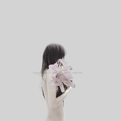Self-Portrait (Sui Sawada) Tags: hydrangea flower artphoto artworks nude nudeart fineart fineartnude artnude portrait selfportrait woman body bw conceptual nudo nudoartistico suisawada
