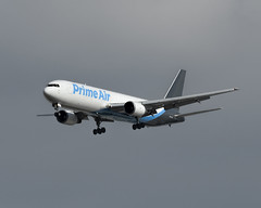 Boeing 767-300 (Titanium Man) Tags: boeing boeing767300 boeing767 767300 767 ati airtransportinternational amazonprimeair amazon primeair n313az
