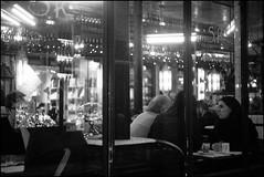 People in the street (madras91) Tags: nb noiretblanc blackandwhite bw monochrome film ilford hp5 leica iiif leicaiiif summitar summitar5cmf2 street streetphotography