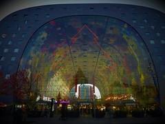 "Rotterdam ""Markthal"" INside ""Horn of PLENTY"" mural art van ARNO COENEN (JoséDay) Tags: rotterdam markthal christmasdecorations christmassphere lightcolour nikoncoolpix coolpixp500 coolphotogroup flickrstar flickrangel nightshot colours nightlight"