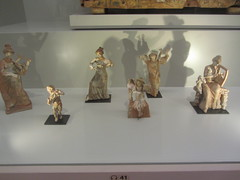 Various figures: musicians,   CaixaForum, Madrid, June 2018 (d.kevan) Tags: exhibitions caixaforum ancientinstruments displaycabinets june2018 madrid spain exhibits eyesofhorus figures musicians ceramic