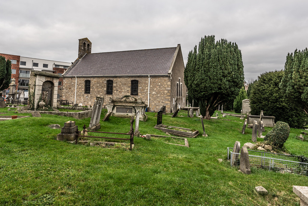 SAINT NAHI'S CHURCH [A VERY OLD CHURCH AND GRAVEYARD NEAR THE TRAM STOP IN DUNDRUM]-147320