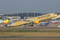 Thomas Cook Airlines Airbus A321-211 G-TCDV BHX 17/11/18 (bhx_flights) Tags: thomascook cooksclub runway takeoff airport bhx egbb birmingham birminghamairport airbus airbus321 airbusa321