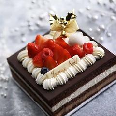 CUSTOMER CREATION🌈 (lylaitopia) Tags: cakedesigner cakes cakecakecake dripcake cakeoftheday caketopper cakedecorating instacakes cakedesign cakeboss instacake chritmas buttercreamcake cakepops cakeporn cake