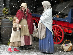 The Ragged Victorians at Brunel's SS Great Britain (December 2018) (chibeba) Tags: ssgreatbritain brunelsssgreatbritain bristol dockyard raggedvictorians characters costumed costume victorian victorians festival christmasfestival snow snowscene attraction tourism visitorattraction touristattraction uk unitedkingdom britain victoriandockyard interpretation winter 2018 december history livinghistory group victoriancharacters victoriancostumes england southwestengland city heritage culture