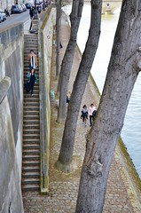 Stairs To The River (Joe Shlabotnik) Tags: stairs seine paris france april2018 2018 river afsdxvrzoomnikkor18105mmf3556ged