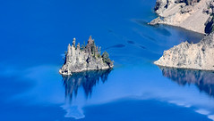 Phantom Ship Island, Crater Lake, Oregon (maytag97) Tags: maytag97 nikon d750 crater lake oregon craterlake phantom ship phantonship rock formation stone geology national park blue beautiful water reflection nature scenic deep natural travel landscape outdoor day sunny mountain volcanic geological eruption cascades sun usa beauty color summer colorful tourism environment
