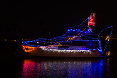 D24736E7 - LBP Shark Boat Roaming (Bob f1.4) Tags: discovery bay yacht club lighted boat parade december 2018 after dark night time photography water reflection lights cruising decorated shark look santa claus